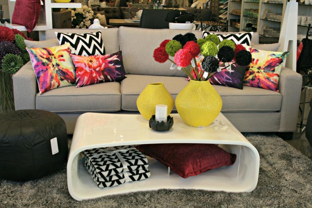 UB modern living room