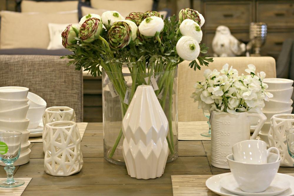 UB white vases 2
