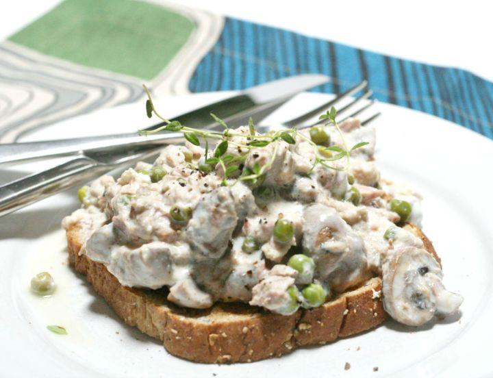 three-star greek-style tuna sandwich