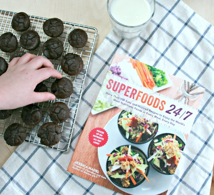 Superfoods 24/7 by JessicaNadel