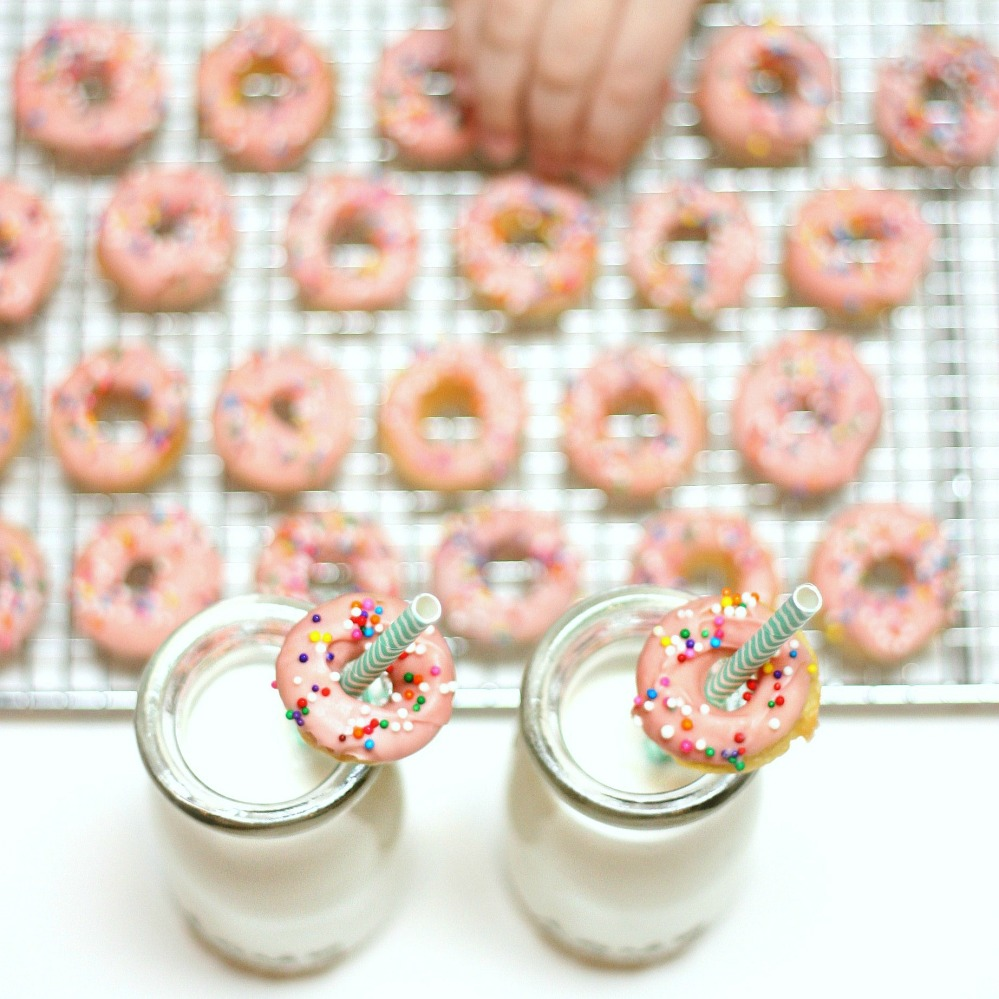 pink mini doughnuts 2