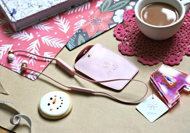 girlfriends-gift-guide-sudio-sweden-vasa-bla-pink
