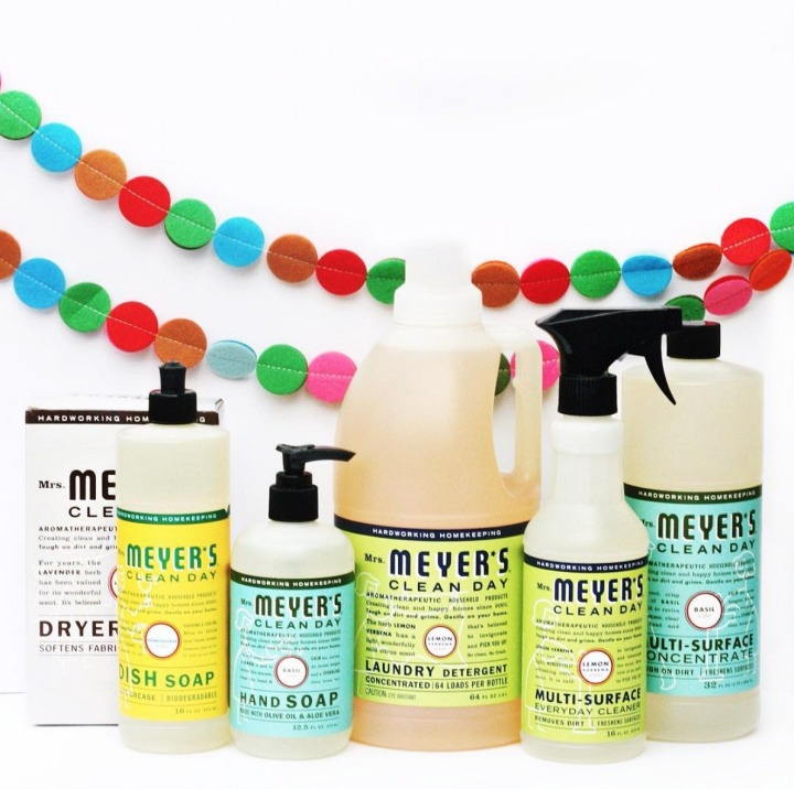 Happiness is homemade: 5 DIY gifts to give kids + A Mrs. Meyer'sgiveaway