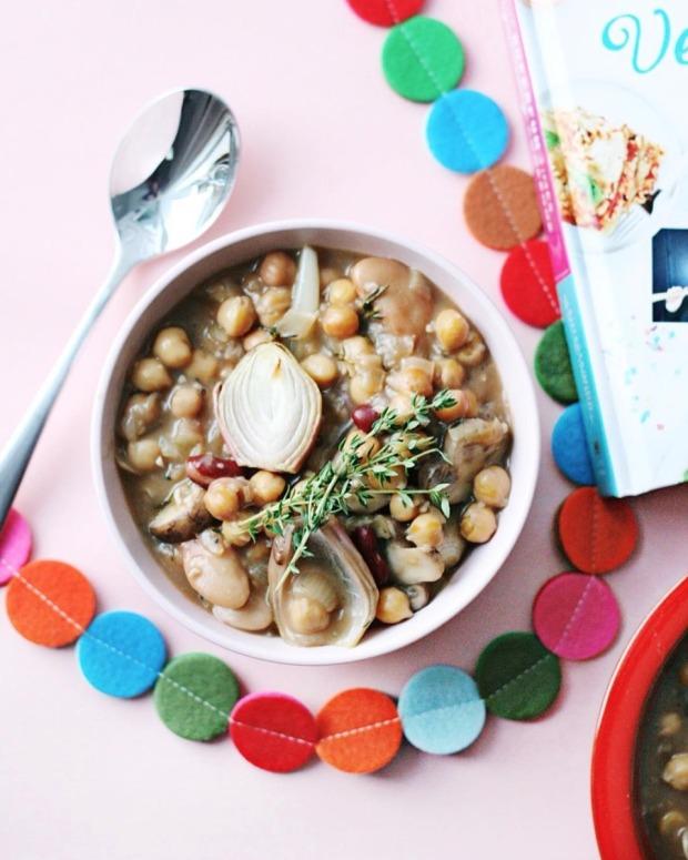the-superfun-times-vegan-holiday-cookbook-bean-bourguignon-3