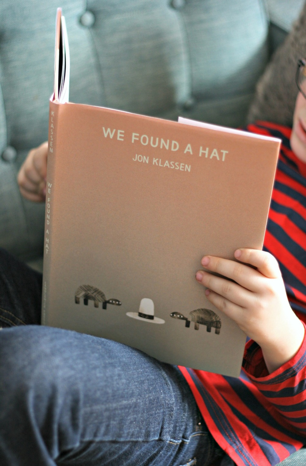 we-found-a-hat-by-jon-klassen