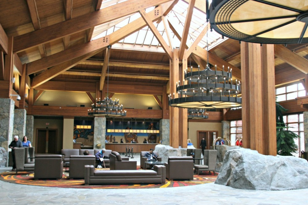 lgm casino rama resort lobby