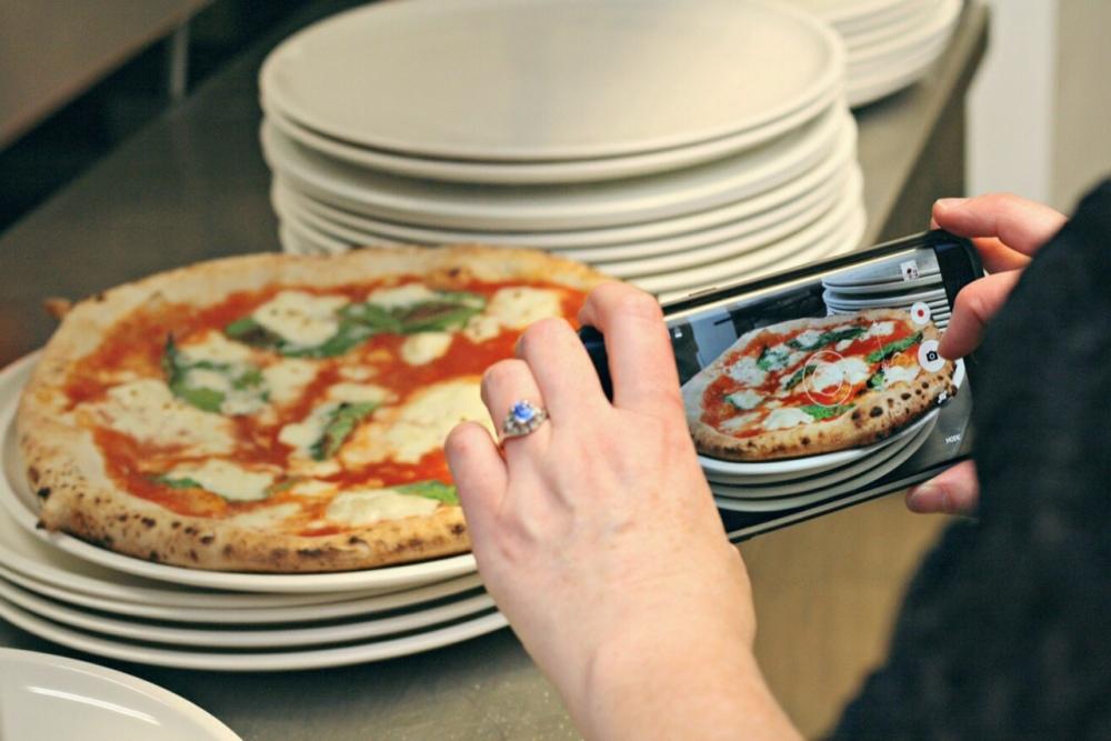 lgm pizza sandi