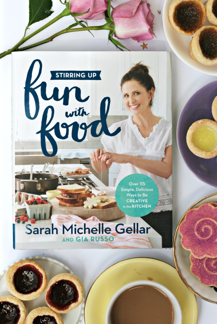 Stirring Up Fun with Food by Sarah Michelle Gellar HBG Canada