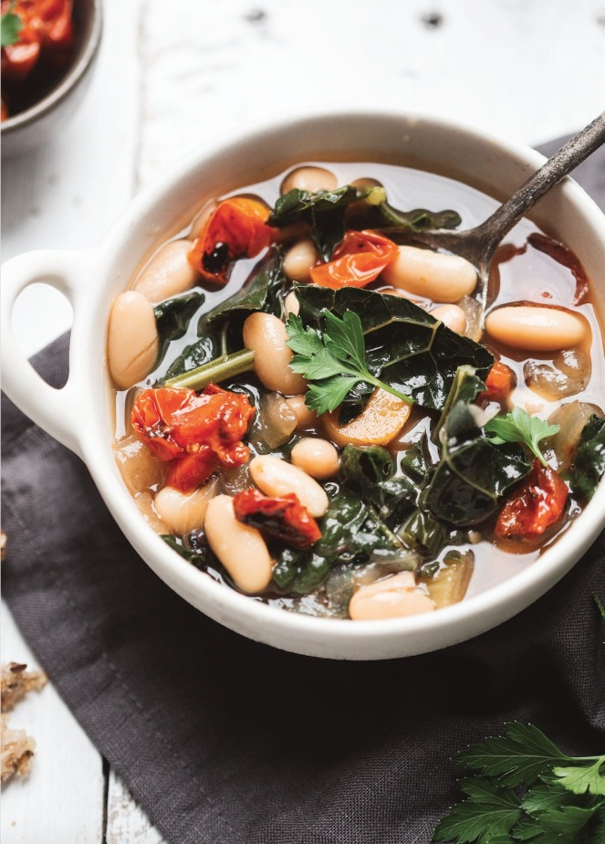 Tuscan White Bean Soup with Dinosaur Kale