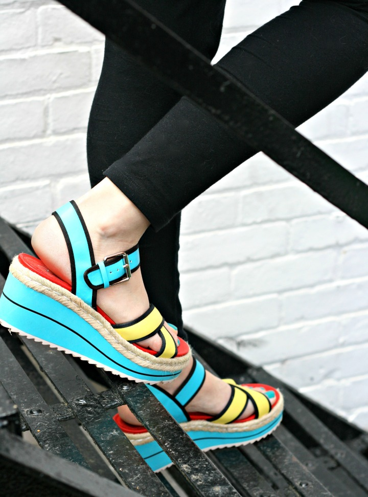 Summer-ready with SKECHERS + Win a pair!