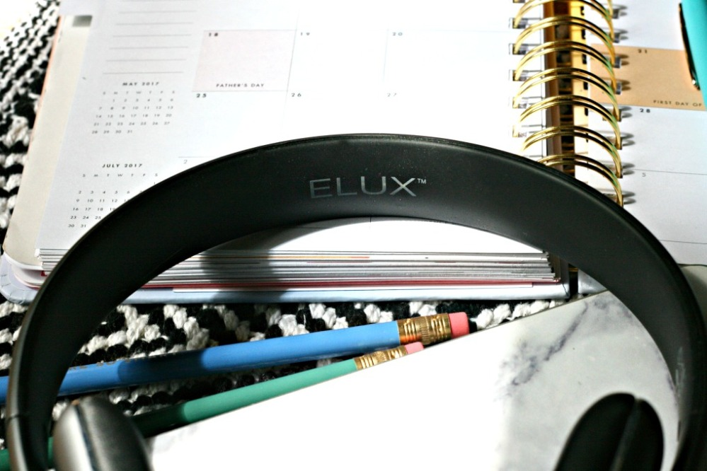Specter Wireless ELUX name close up 2