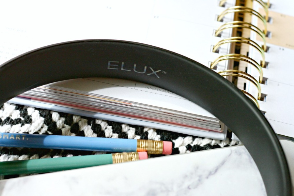 Specter Wireless ELUX name close up