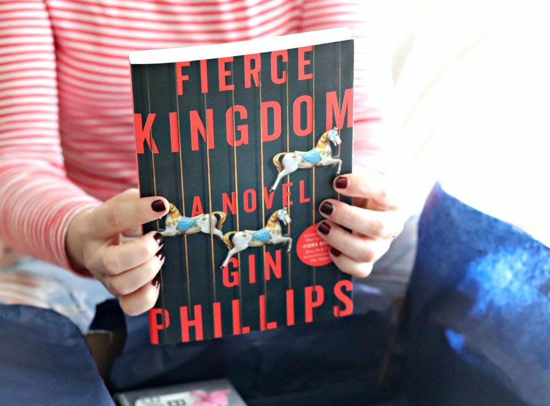 Sweet Reads Box September 2107 Fierce Kingdom 2
