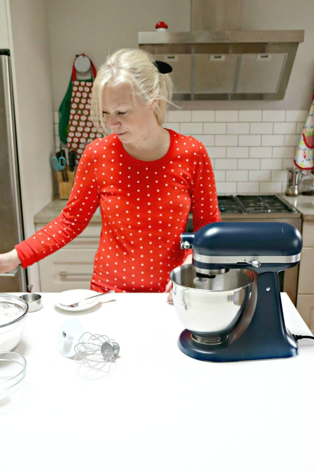 KitchenAid Artisan Mini in white kitchen 4