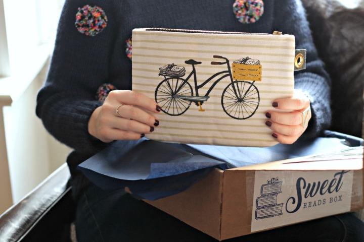 Sweet Reads Box November 2017 Danica Studio Bicicletta Pouch