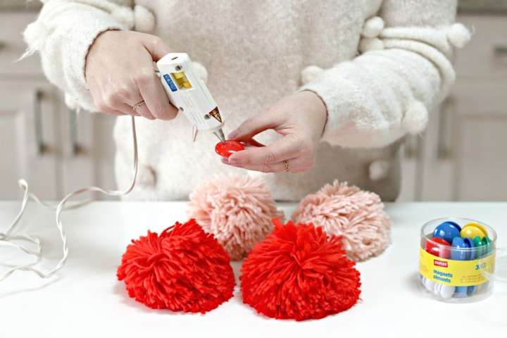 Quick DIY pom pom magnets for last-minute gifting