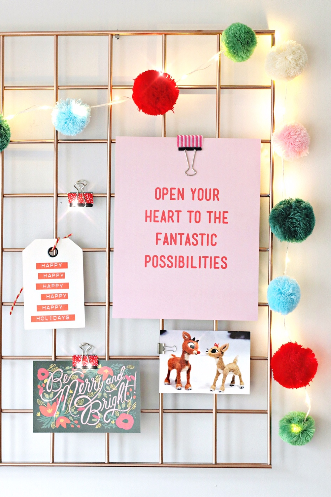 Staples Christmas Card DIY Organizer Grill feature image