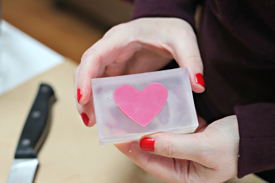 DIY Valentine soap clear with pink heart