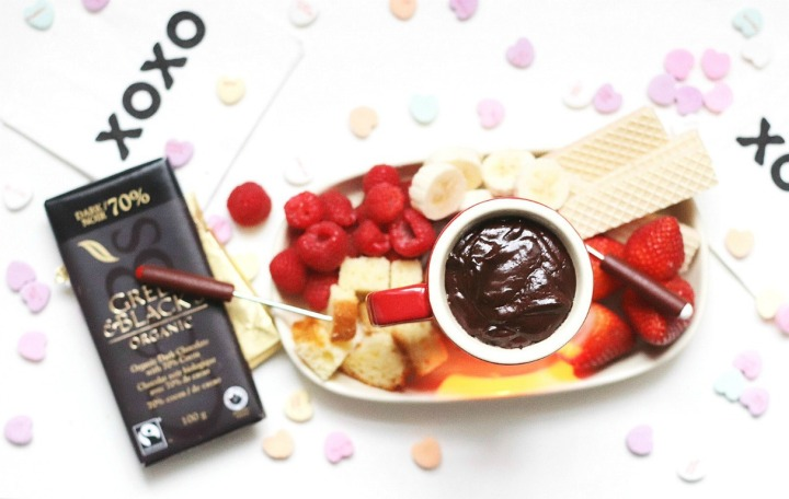 Julie Van Rosendaal's Quick & Easy Dark Chocolate Fondue for Two + a giveaway!