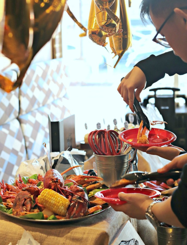 The Captain's Boil lobster line up try small things