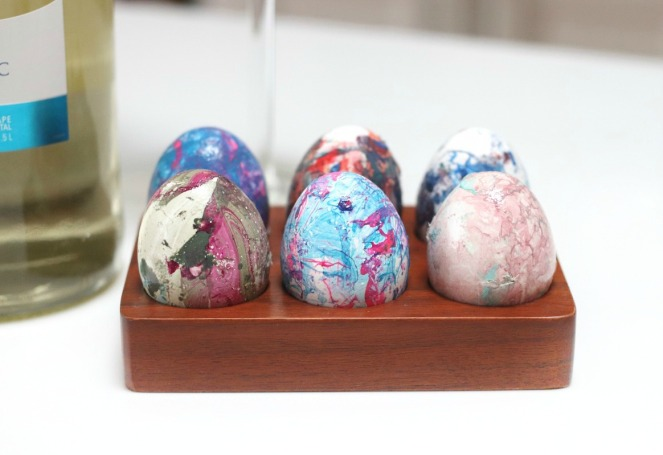 Two Oceans DIY marbled eggs close up smaller brighter 2