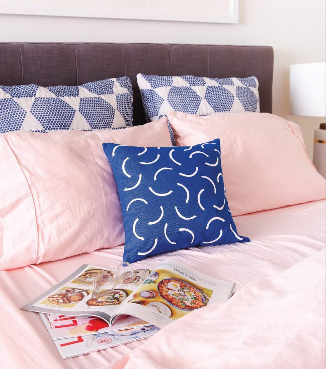 Hello Color_Geometric Patterned Pillow