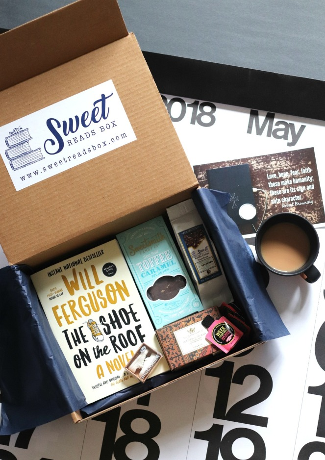 Sweet Reads Box May 2018 contents