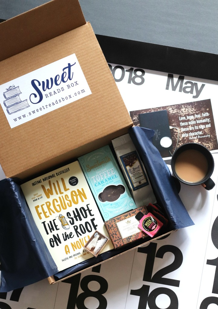 What's inside May's Sweet Reads Box