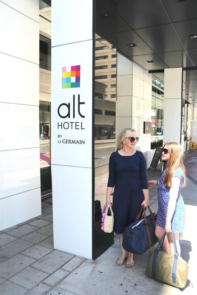 Alt Hotel Ottawa outside feature image