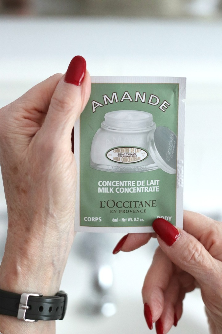 TSC July Beauty Tote L'Occitane en Provence Amande Milk Concentrate