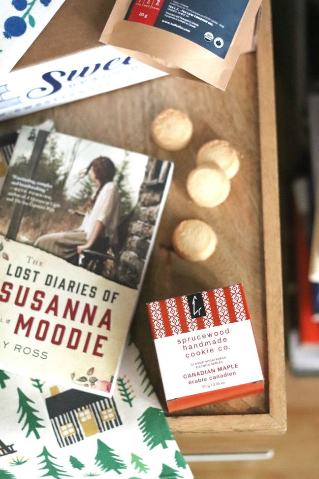 Sweet Reads Box August 2018 Sprucewood Handmade Cookie Co