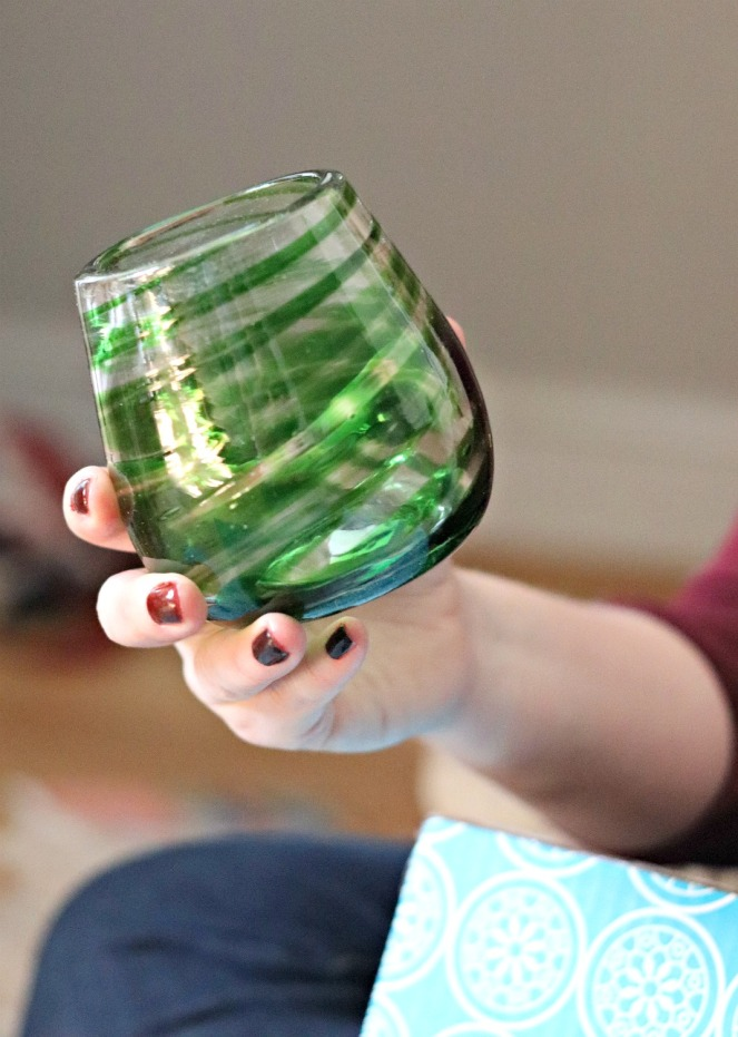 GlobeIn Salud Box Handblown Stemless Wine Glass
