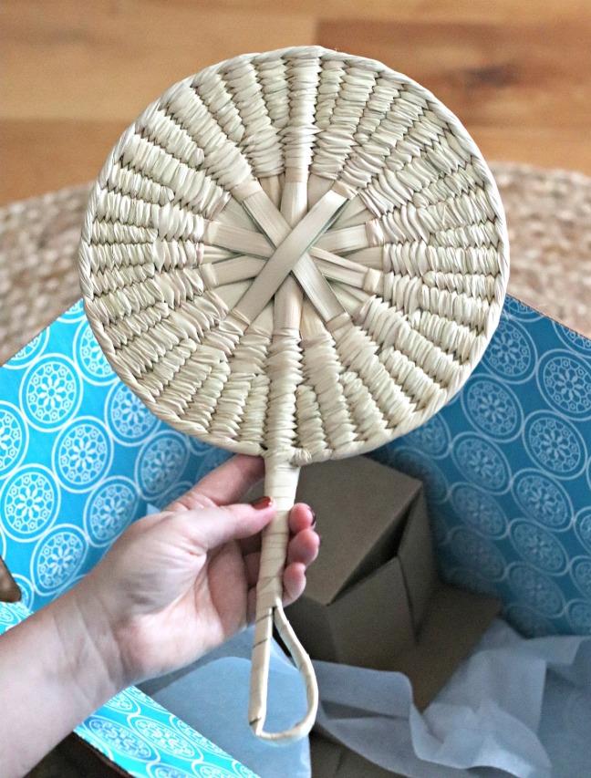 GlobeIn Salud Box Palm Leaf Fan