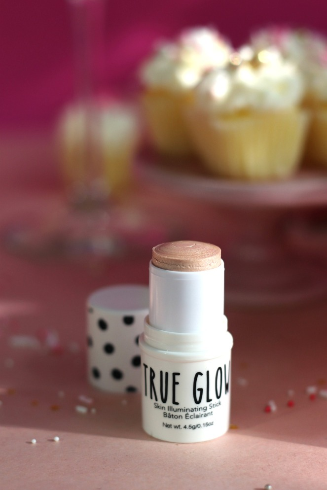 Glossybox Aug 2019 UB Cosmetics True Glow Skin Illuminating Stick final