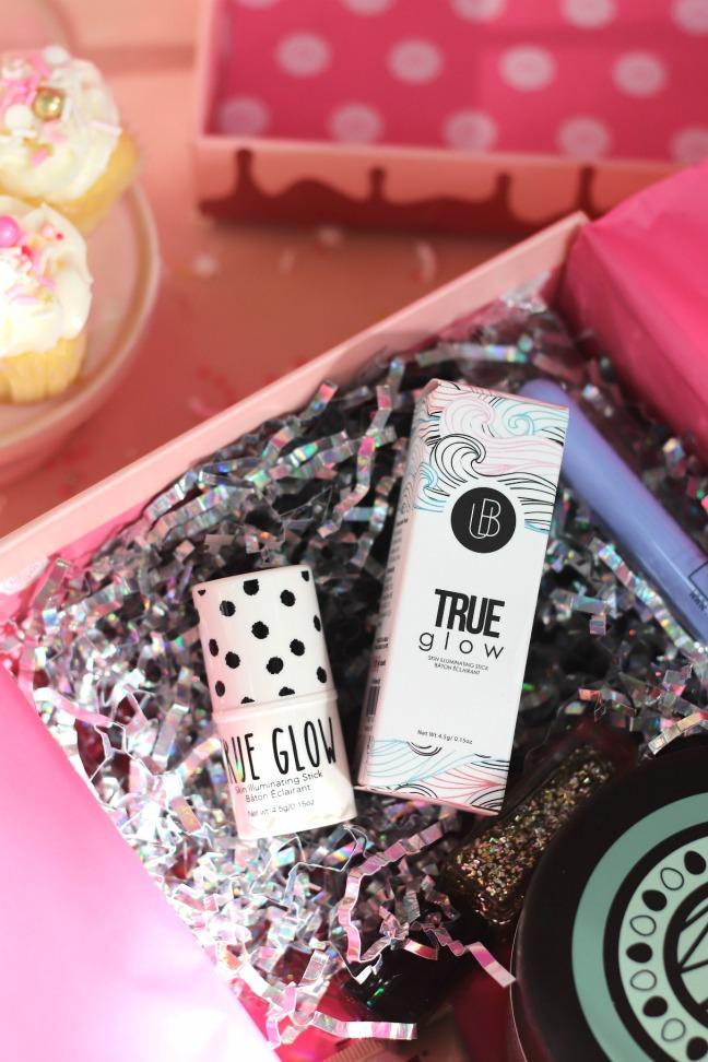 Glossybox The Birthday Box Aug 2019 UB Cosmetics True Glow in the box