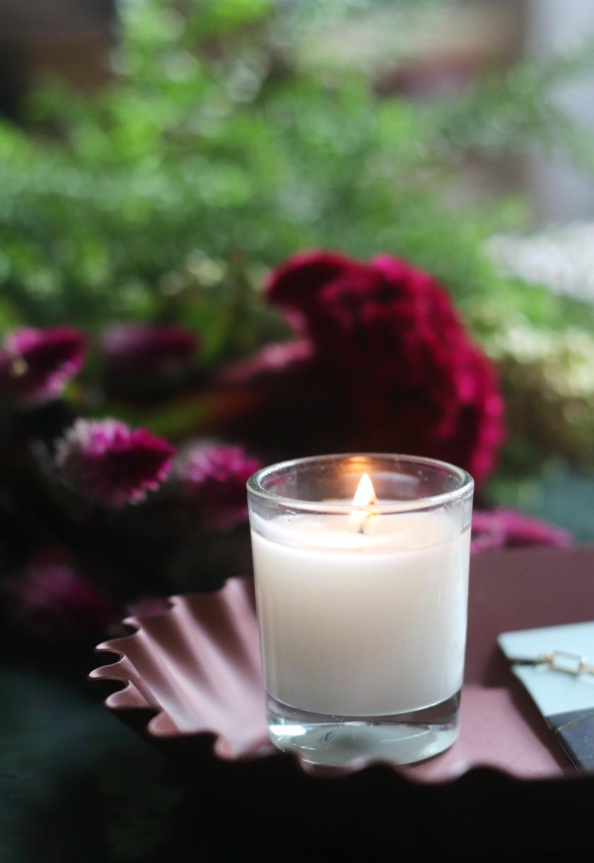 Foxy candle