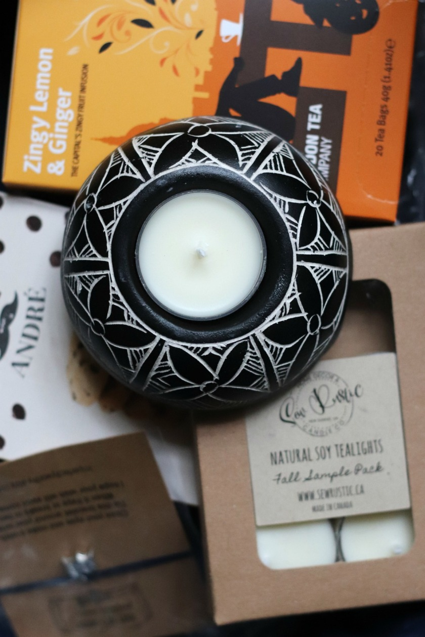 Sweet Reads Box October 2019 Heart Candle Holder and Sewrustic Tea Lights