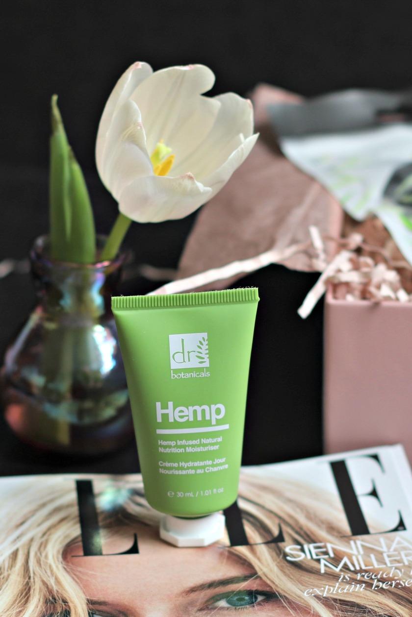 lookfantastic Nov 2019 Dr Bontanicals Hemp moisturizer tst