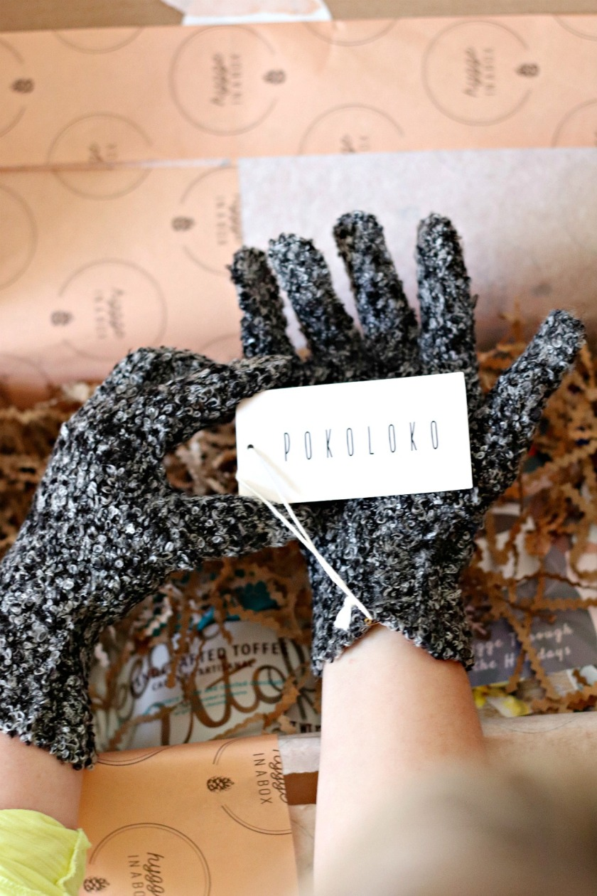 Hygge in a Box Holiday Box Pokoloko gloves