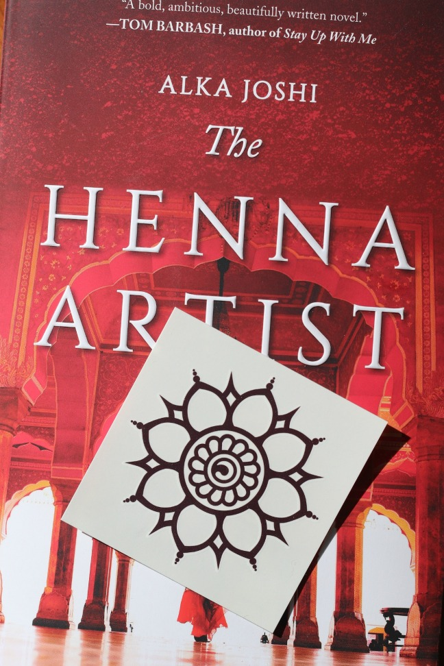 Sweet Reads Box March 2020 henna temporary tattoo
