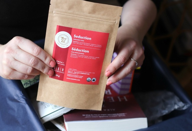 Sweet Reads Box March 2020 Seduction Organic Chai