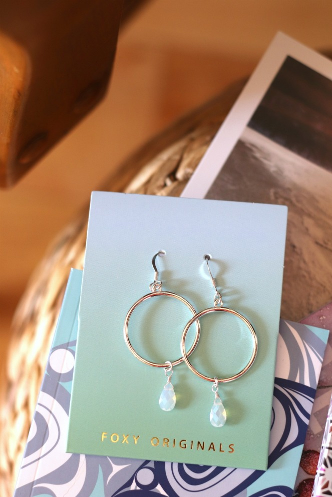 Sweet Reads Box April 2020 Foxy Originals earrings