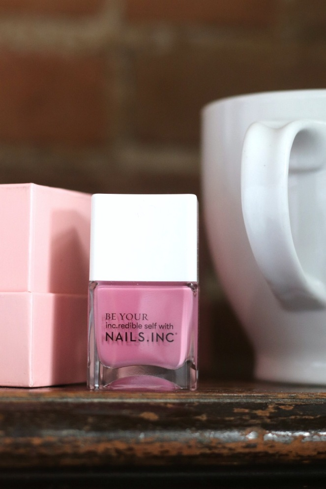 glossybox april 2020 nails.inc blossom kisses try small things