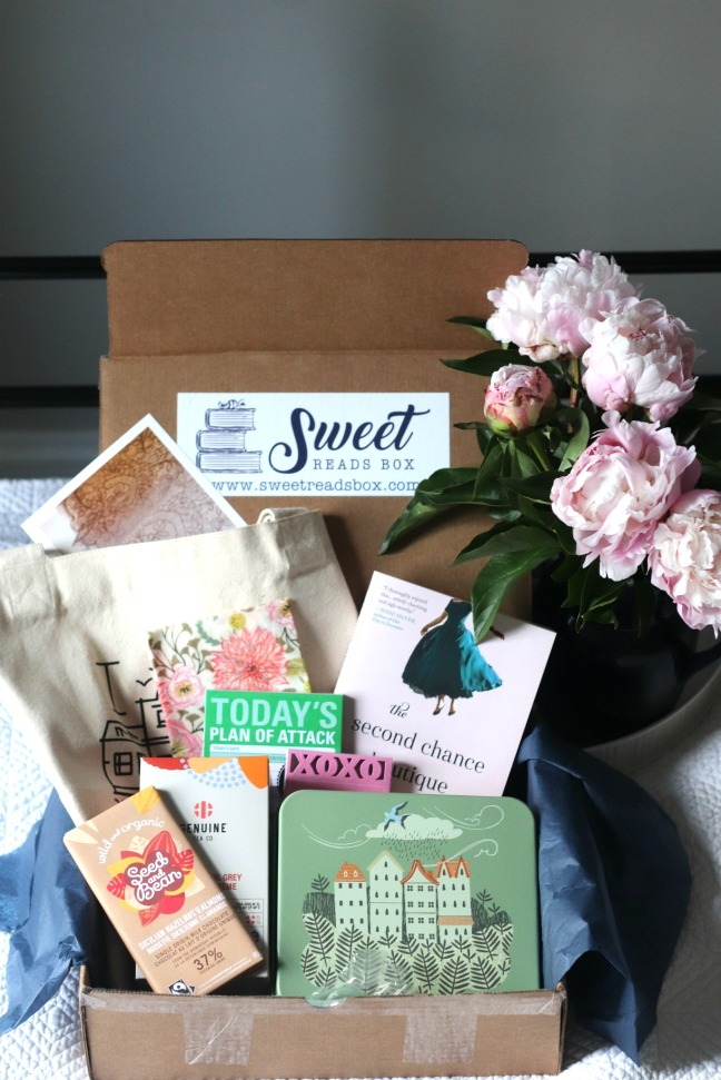 Sweet Reads Box May 2020 contents