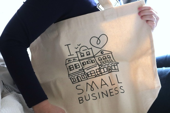 Sweet Reads Box May 2020 I heart small business tote ayob