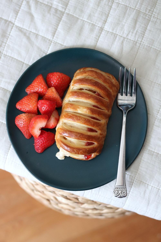 Goodfood strawberry cheese danish 2