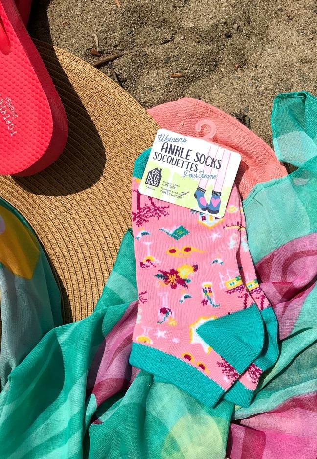 Sweet Reads Box Beach Read Box June 2020 women's ankle socks