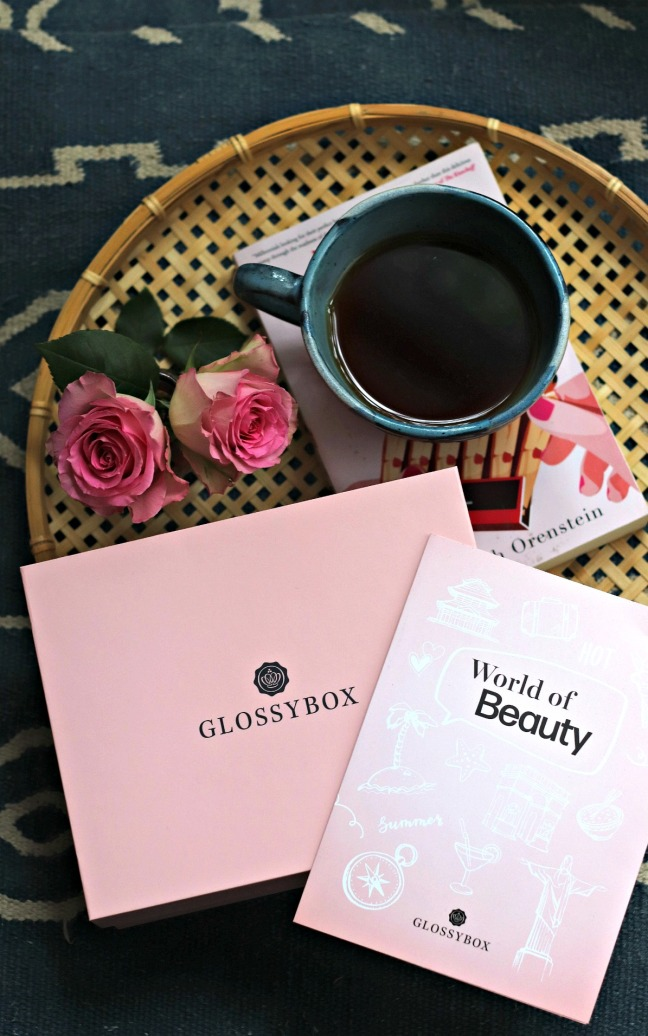 Glossybox June 2020 the box