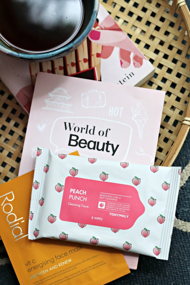 Glossybox June 2020 Tonymoly Peach Punch cleansing tissue